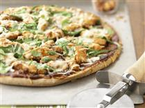 Spinach Barbeque Chicken Pizza